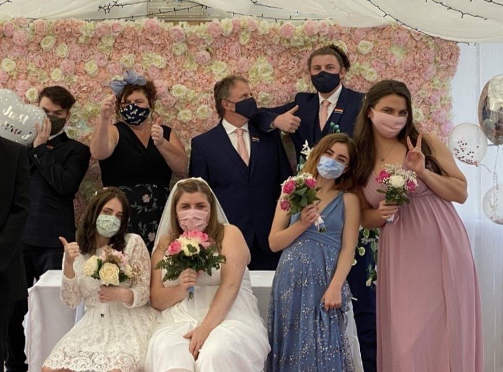 Berita Pernikahan 2021: Menjadwal Ulang Pernikahan Lima Kali