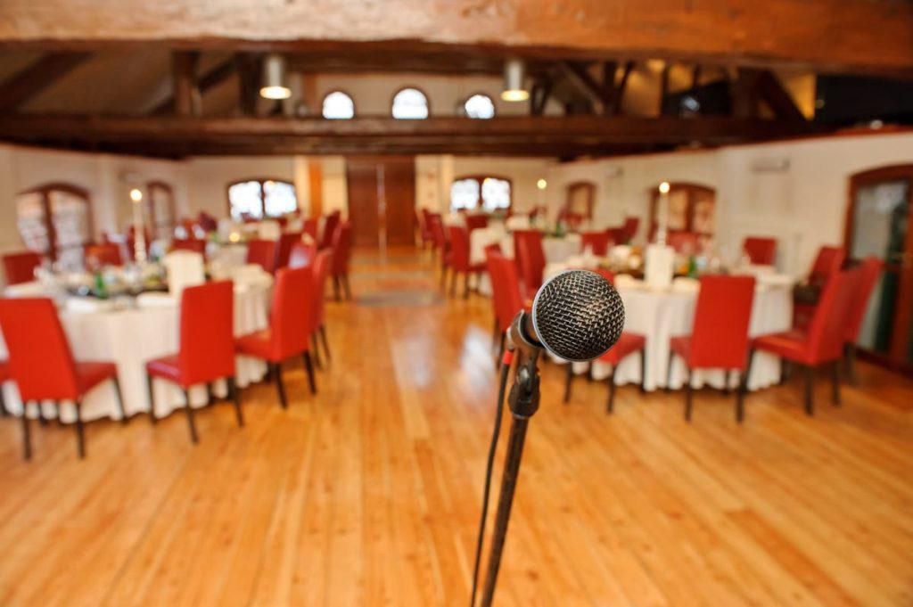 Berita Pernikahan 2021: Cara Menulis Pidato Pernikahan